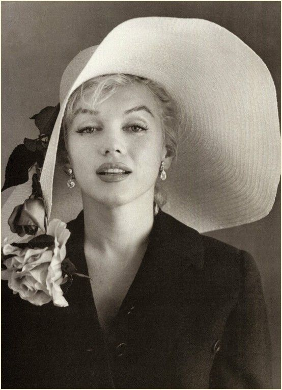 Marilyn Monroe Marilyn Monroe Marilyn Monroe: Marilyn Monroe, Happy Birthday, Icons, Norma Jean, Derby Hats, Floppy Hats, Rare Photos, Marilynmonro, Kentucky Derby