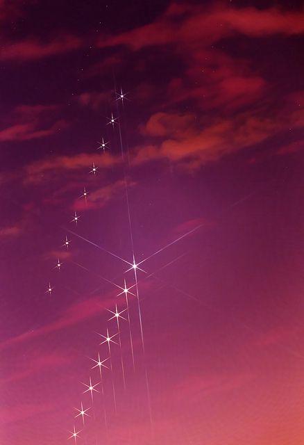 The Chase | Flickr - Luis Argerich Jupiter chasing Venus after sunset.