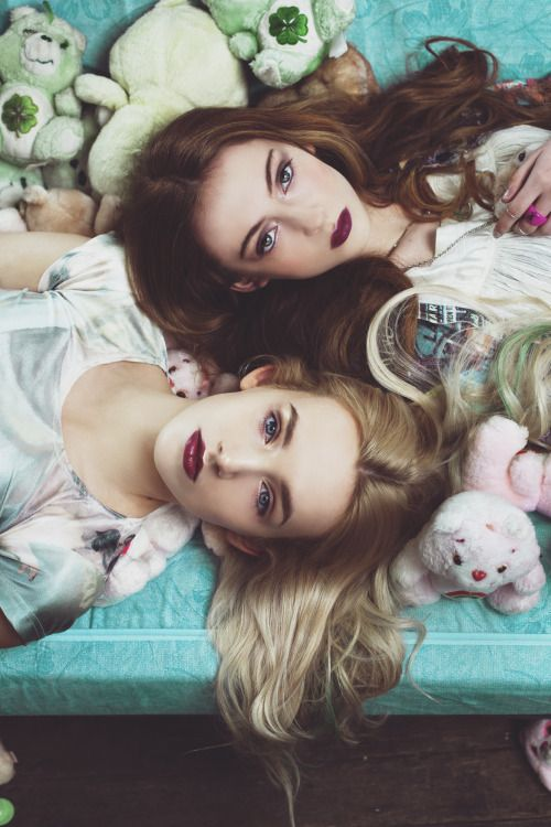 'Best Friends Forever' #bff #fashion #style #warpaint #teenage #teenagedream #v&urchin #theshining #virginsuicides #creepy #fashionshort #film #carebears #props #artdirection #ailsamclaggan