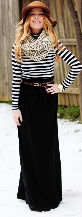 Cute way to wear a maxi skirt in fall