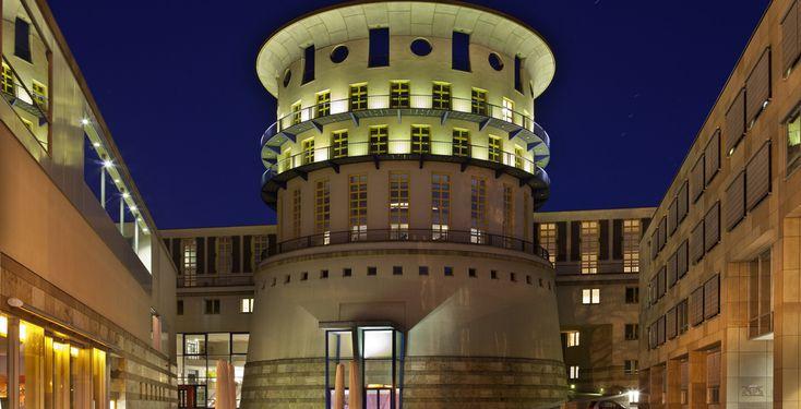 Staatliche Hochschule für Musik und Darstellende Kunst Stuttgart - Stuttgart - Baden-Württemberg