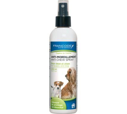 Ce spray anti-mordillement pour #chiot et #chien empêche et stoppe le #mordillement des meubles... A découvrir sur www.animaleco.com