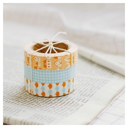 Dailylike Adhesive Deco fabric tape set of 3 tapes - homey (http://www.fallindesign.com/adhesive-deco-fabric-tape-set-of-3-tapes-homey/)