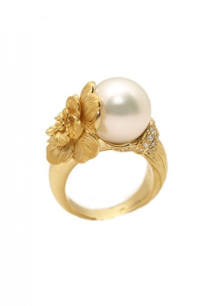 "Carrera y Carrera's 18k yellow gold size 6-1/2 ""Gardenia"" ring set with a 12.40mm white South Sea pearl and .17ctw pave diamonds."