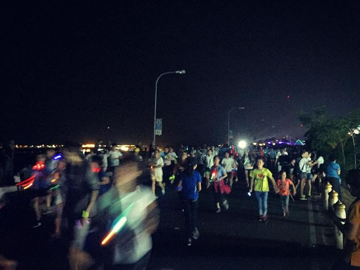 Last nights Glow Run in Vientiane - a 5k for Autism. We considered entering but didn't feel running in flip flops was a good plan. We did cheer them on though  #glowrun #vientiane #laos  #travel #travels #travellers #travelgram #travellingram #travelling #travellife #traveldiaries #travelblog #instatravel #worldtravellers #worldcaptures #exploretheworld #backpacker #backpackers #backpacking #backpackerslife #rtw #roundtheworld #roundtheworldtrip #travelaroundtheworld #lifewelltravelled…