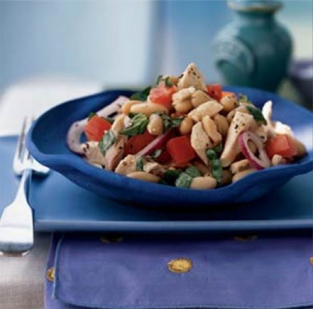 Sometimes u just need a meal where there's no cooking involved. I keep prepped chicken most of the time n this looks like a great use of it! #nomnomnom #recipeoftheday  White Bean and Chicken Salad  Click for the full recipe!