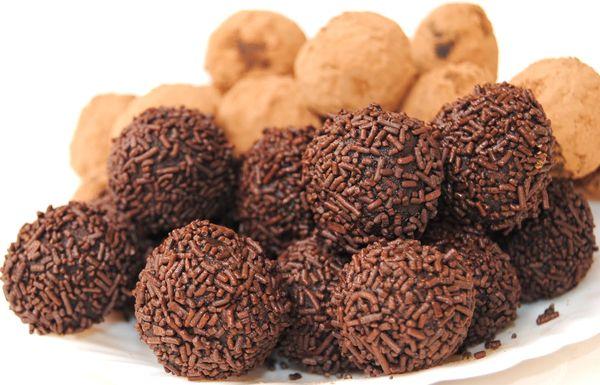 Trufas_Caseras_Especiales_2_chocolates_PintandoUnaMama