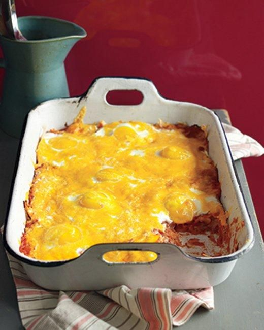 Baked Eggs and Tortillas In Creamy Tomato Sauce Recipe
