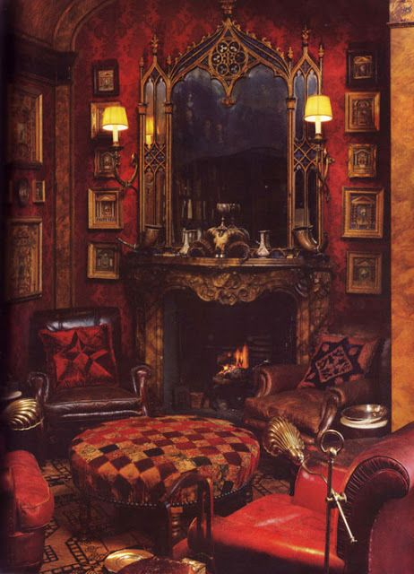 Art and Interior: SPECIAL SERIES: The Revival of Medieval-Renaissance Bedrooms in the Goth Scene (part 3) ---- love that red wallpaper