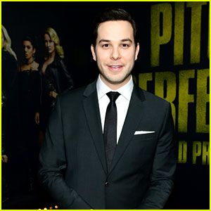 Skylar Astin Reveals Never-Before-Seen 'Pitch Perfect' Rehearsal Videos