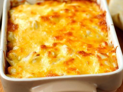 poivre, emmental, crême fraîche, mozzarella, parmesan, macaroni, sel
