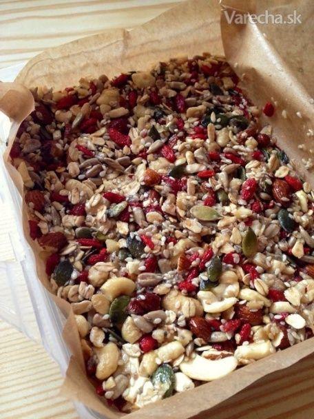 Tieto tyčinky veľmi milujem. Sú veľmi ľahké na prípravu a sú veľmi zdravé. :)  www.tealoverforever.blogspot.sk