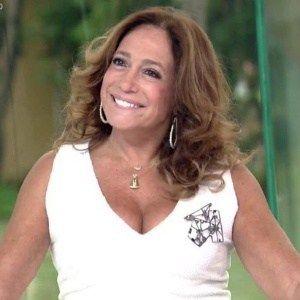 """Susana Vieira elogia """"veados"""" da """"Escolinha"""" e cutuca direção da Globo #Boninho, #Carreira, #Globo, #M, #Nova, #Programa, #Record, #Show, #Tupi, #Tv, #TVGlobo http://popzone.tv/2016/11/susana-vieira-elogia-veados-da-escolinha-e-cutuca-direcao-da-globo.html"""