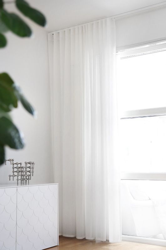 Hotellgardiner   gardinskena i tak  Trendenser   Interior Design  BlogsInterior ColorsWhite CurtainsSheer Curtains BedroomMinimalist. Best 25  White curtains ideas on Pinterest   White linen curtains