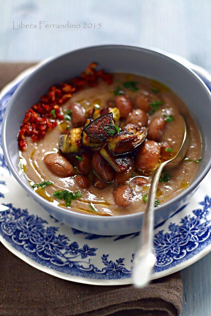 Zuppa di borlotti con melanzane arrostite e pomodori secchi senza glutine