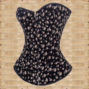 A classic black gothic corset featuring steel bask, corset lacing in back and 12 plastic bones. The mesh skulls desire attention and are in a subtle light brown colour. This gothic corset will look great with any top or on its own. 14 inches in length. Haunting Skull Corset from skulls and dragons.    Length : 36 cm    Ref : SDDY6236   Price : 34.99 GBP