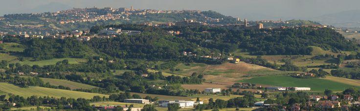 https://flic.kr/p/UGc4JA   Camerano, Marche, Italy - The Marche hills - stitch by Gianni Del Bufalo CC BY-NC-SA   STE_7699_02stitch