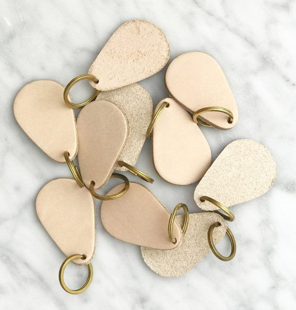 GRAY&Co Tab Leather Keyring