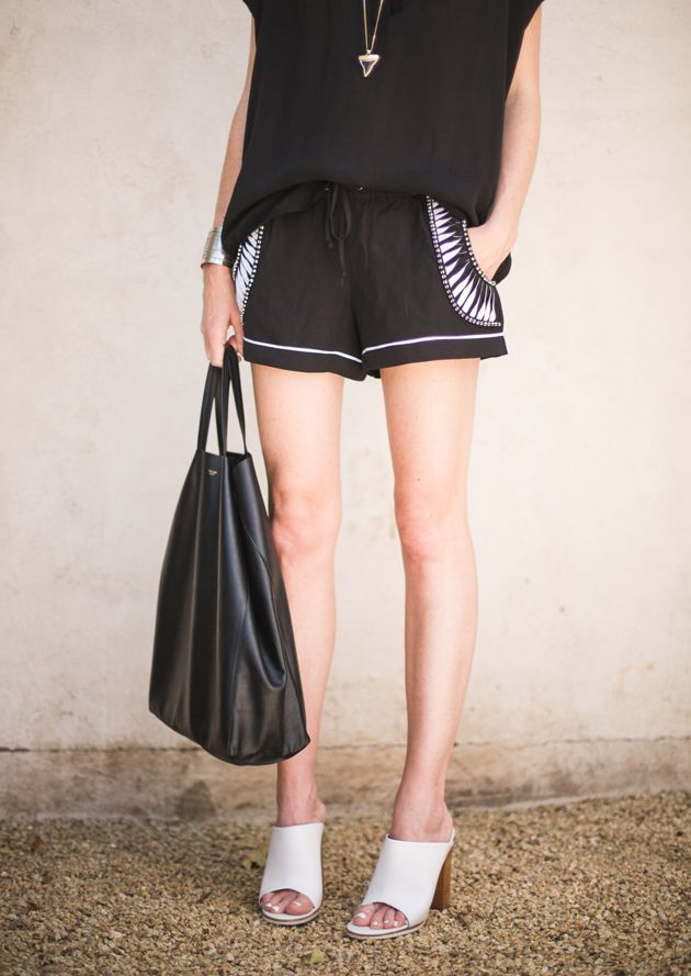 Great summer casual outfit - slight tribal detail on the shorts, slouchy Vince top, just perfect.