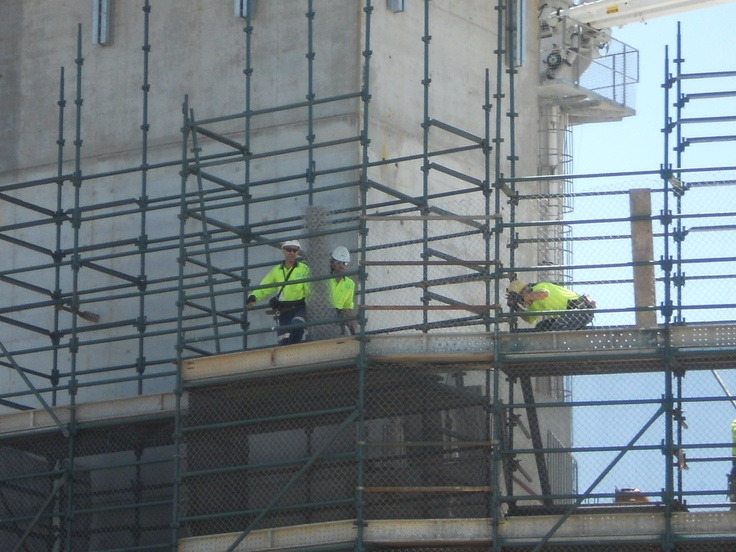 Do you hold a High Risk Work Licence in Scaffolding? Learn to be a Scaffolder or update your skills. Basic, Intermediate and Advanced training courses available with Koolat Safety.