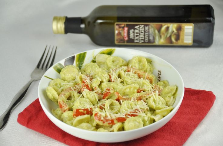 Red Pepper Pasta with Avocado Cream Sauce...lose the noodles and use spaghetti squash.
