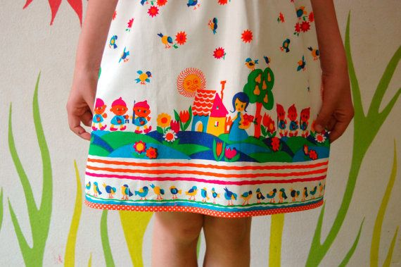Adorable kids clothes from this shop!!! Girls handmade dress with vintage fabric SNOW WHITE by melimelon