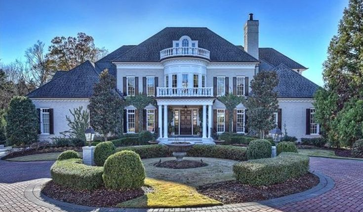 $2.395 Million Brick Country Club Mansion In Charlotte, NC