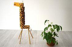 DIY : Une maxi girafe en rouleaux d'essuie-tout. Une activité manuelle 100%…