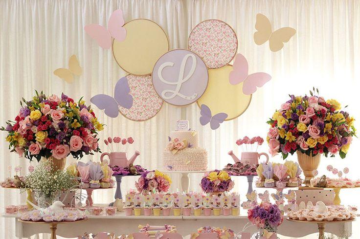 Inspiração para festas de aniversário de um ano para meninas