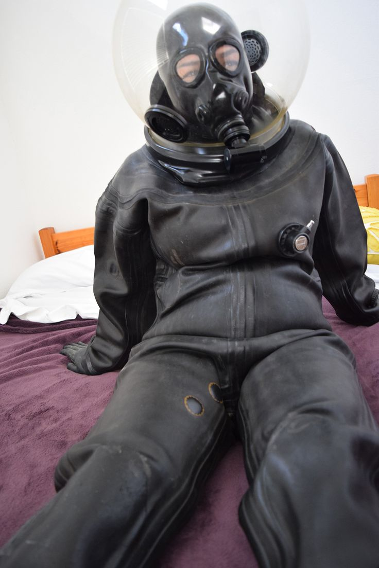 Fetish heavy rubber latex