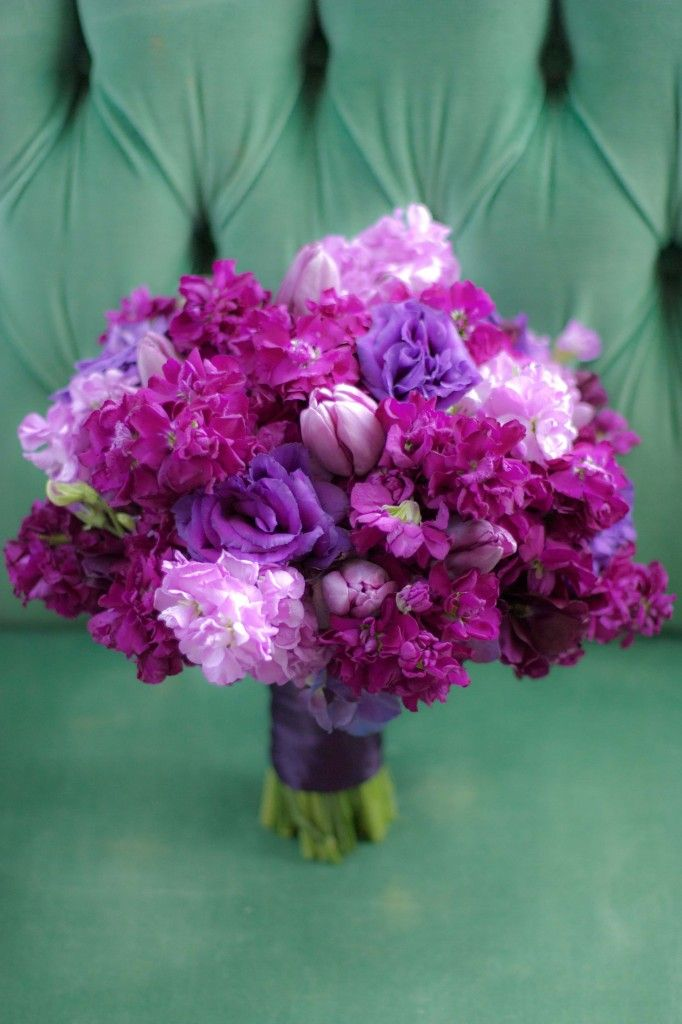 bouquets purple wedding flowers purple bouquets bouquet flowers bridal