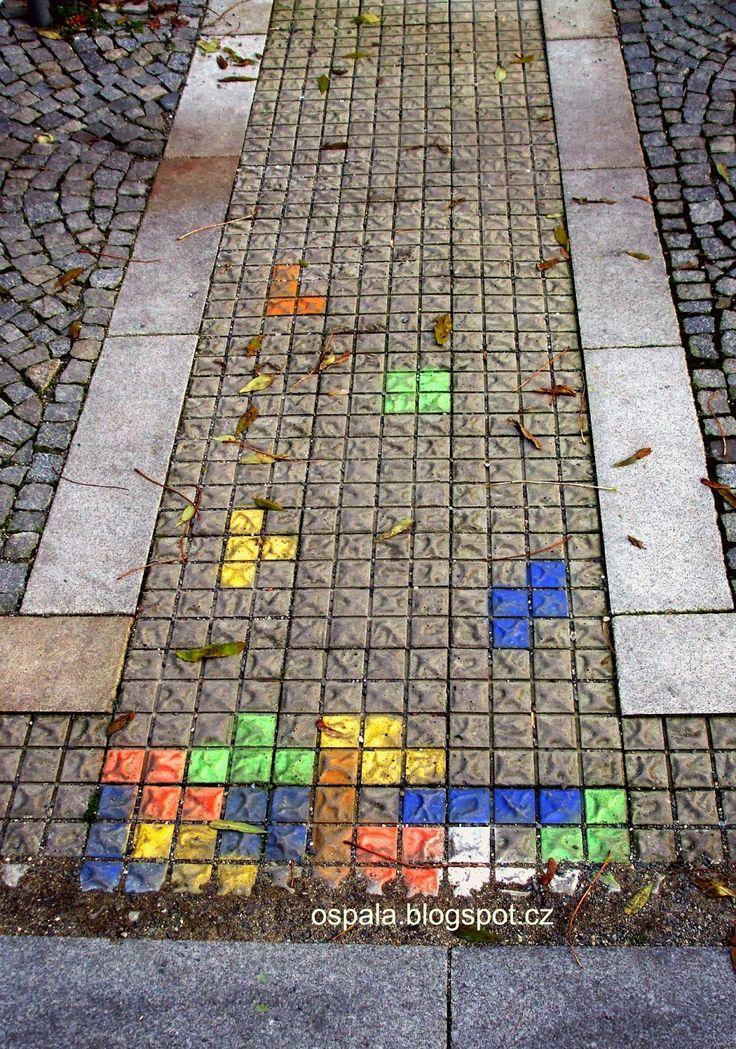http://ospala.blogspot.cz/2014/11/street-art-1.html  Tetris