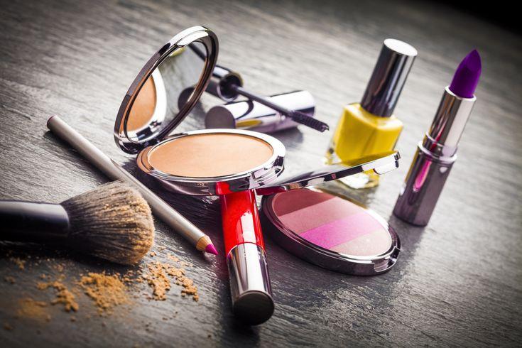 Pitäisikö+meikkipussukan+sisältö+uusia?+Nämä+merkit+paljastavat,+ettei+ostamasi+meikit+enää+sovi+sinulle