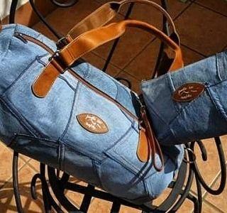 Conosci le #borsediantonella ? Create in pelle, sapientemente forgiate e controllate da esperti artigiani. Antonella è un #brand, un riferimento mediatico che esperisce un'eleganza sobria e understatement, luminosa nella sua ricerca formale. Le sue #borse sono sinonimo di #eleganza , #stile e #qualità . #scontispeciali su tutti i modelli grazie al nostro #coupon .Chiedici il #codicepromozionale 😉 #altamoda #borseinpelle #fashıon by #villaantonella #vicoequense #italianbeauty