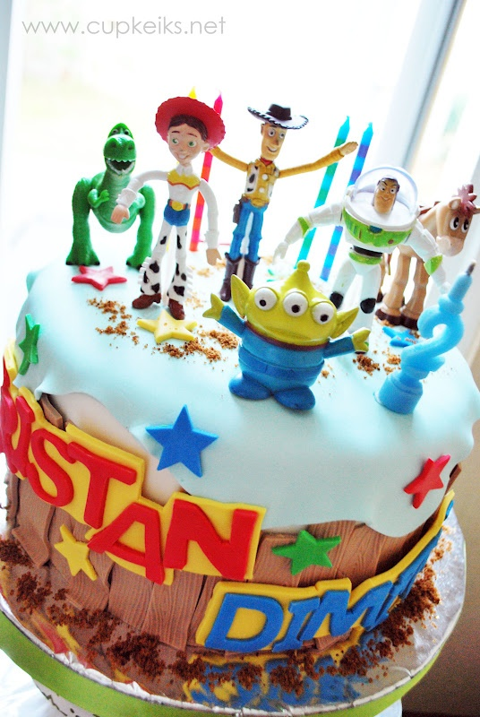 Best Images About Cakes On Pinterest Owl Cakes Frozen - The biggest birthday cake