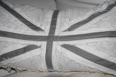 Union Jack pillow. Velvet ribbon , antique lace and yummy linen . Sewn by @Nicole Choules- Paul: Velvet Ribbon