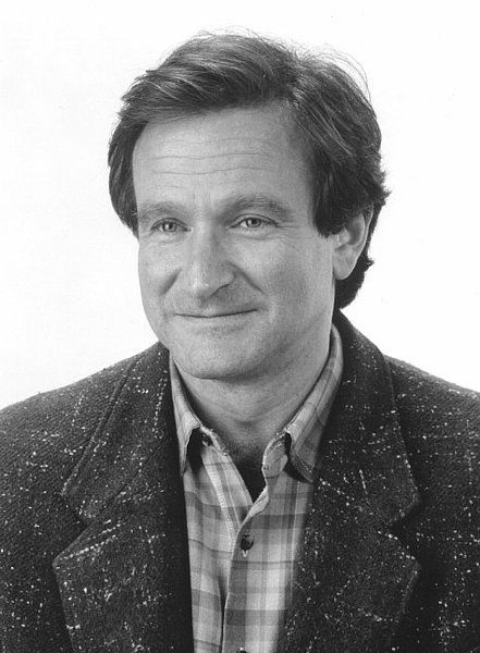 ROBIN WILLIAMS. My favorite comedian of all time!
