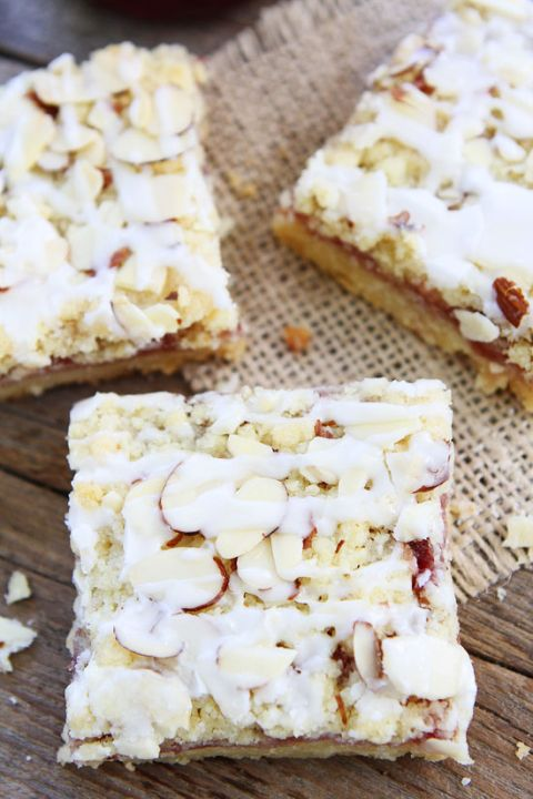 1000+ images about Desserts on Pinterest | Magic bars, White cake ...