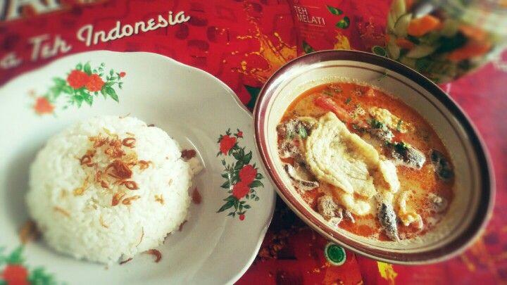 Soto Betawi + Nasi Putih