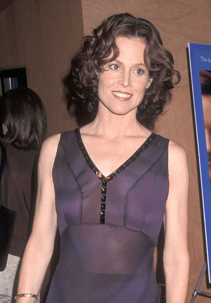 Sigourney Weaver Naked Photos