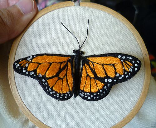 Tiny stitching - more stumpwork flora and fauna [pic heavy!] - NEEDLEWORK