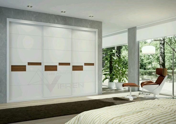 Fantástico armario empotrado lacado de puertas deslizantes con melamina Nogal,  armonioso y con sistema Vifren.