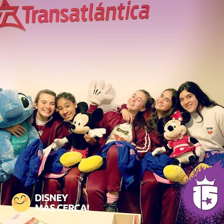 Nos reunimos con las chicas del Verbo y así lo registramos. Se acerca #Disney!! #promoTeam2016 #Transatlantica #enjoy15