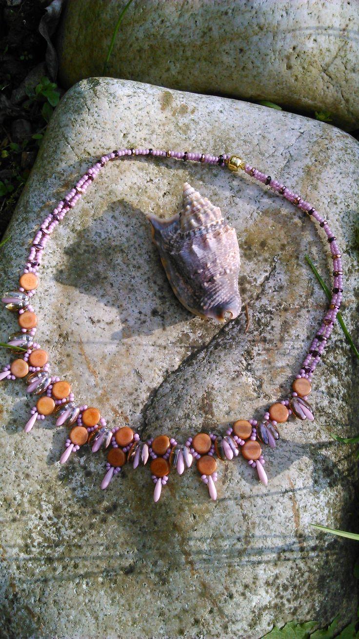náhrdelník 19 podle časopisu Korálki s malou obměnou