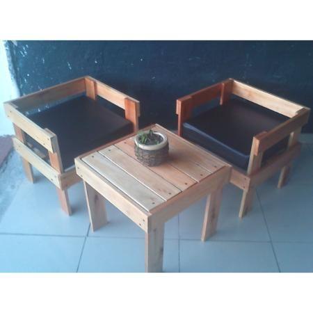 Juego de sillones de madera para el exterior o interior for Sillones de jardin de madera