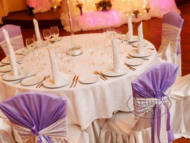 Украшение столов для гостей в Доме Офицеров