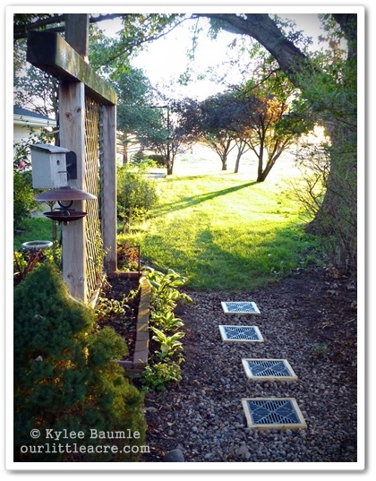 "I Like This - Our Little Acre: ""Pathway Becomes a Solution for Standing Water"": Diy Ideas, Garden Ideas, Creative Ideas, Backyard Design, Http Lowescreativeideas Com, Ideas Projects, Landscape Ideas, Gardener S Notebook, Yard Ideas"