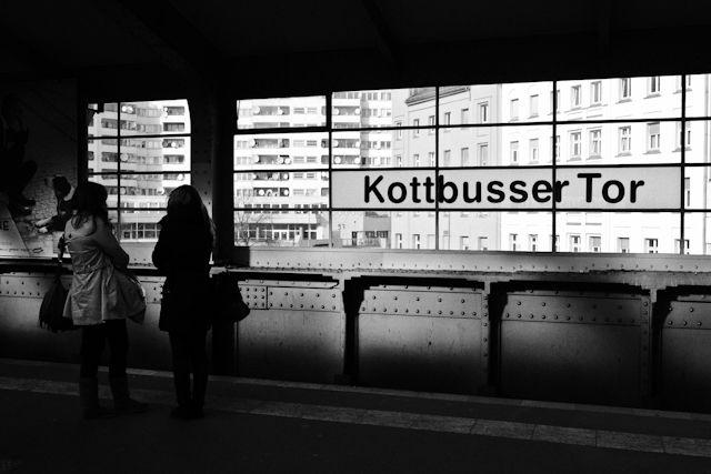 Kottbusser Tor@Berlin - Strassenfotografie By André Vondran