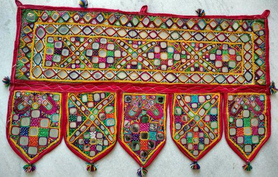 TORAN - A cru porte Decor, Boho suspendue de fenêtre, porte suspendue, Temple décoration, Boho Home Decor