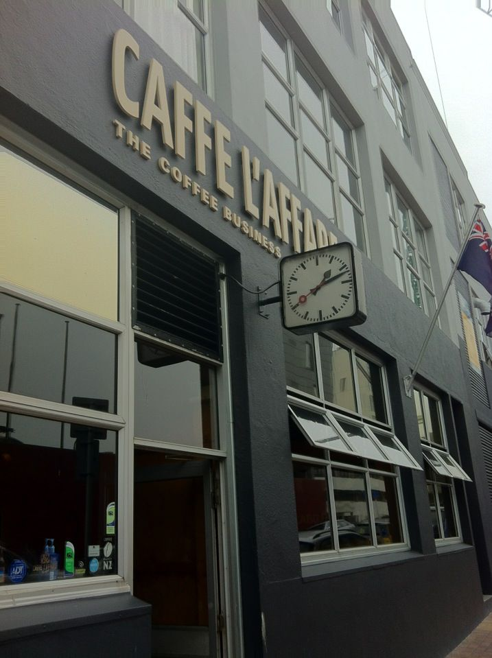 Caffe L'affare in Te Aro, Wellington - one of the best burgers & good coffee
